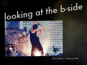 looking at the b-side. Dave Gahan, Hamburg 2009